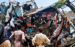 Accidente de autobús en Pakistán deja un saldo de 33 muertos y 40 heridos