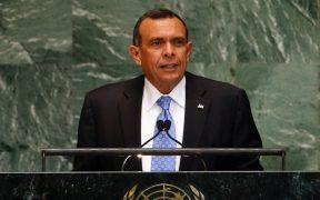 EU prohíbe ingreso de expresidente hondureño Lobo y su familia por acusaciones de corrupción