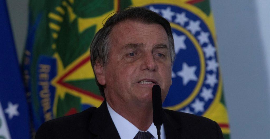 Bolsonaro dice que vetará un millonario fondo para las elecciones de 2022 en Brasil