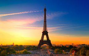 Visitantes a la Torre Eiffel deberán realizarse prueba de antígenos sino tienen certificado de vacunación