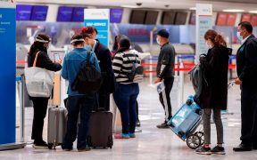 Falla de comunicación entre radares afecta vuelos de EU a México: AICM