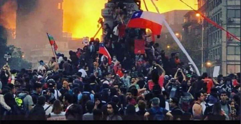 AI pide investigar altos mandos de la policía chilena por represión en las protestas de 2019