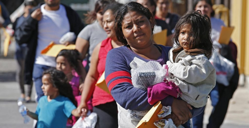 """Número """"inesperadamente alto"""" de niños migrantes, un desafío para el gobierno de EU: MPI"""