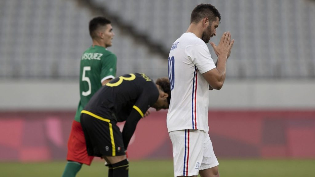 Gignac no festejó su gol ante México, como había prometido. (Foto: Mexsport).