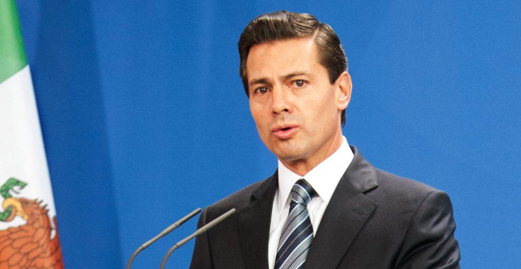 """Sobre procesar legalmente a Peña, AMLO señala """"para eso propuse la consulta para que se tome en cuenta todo"""""""