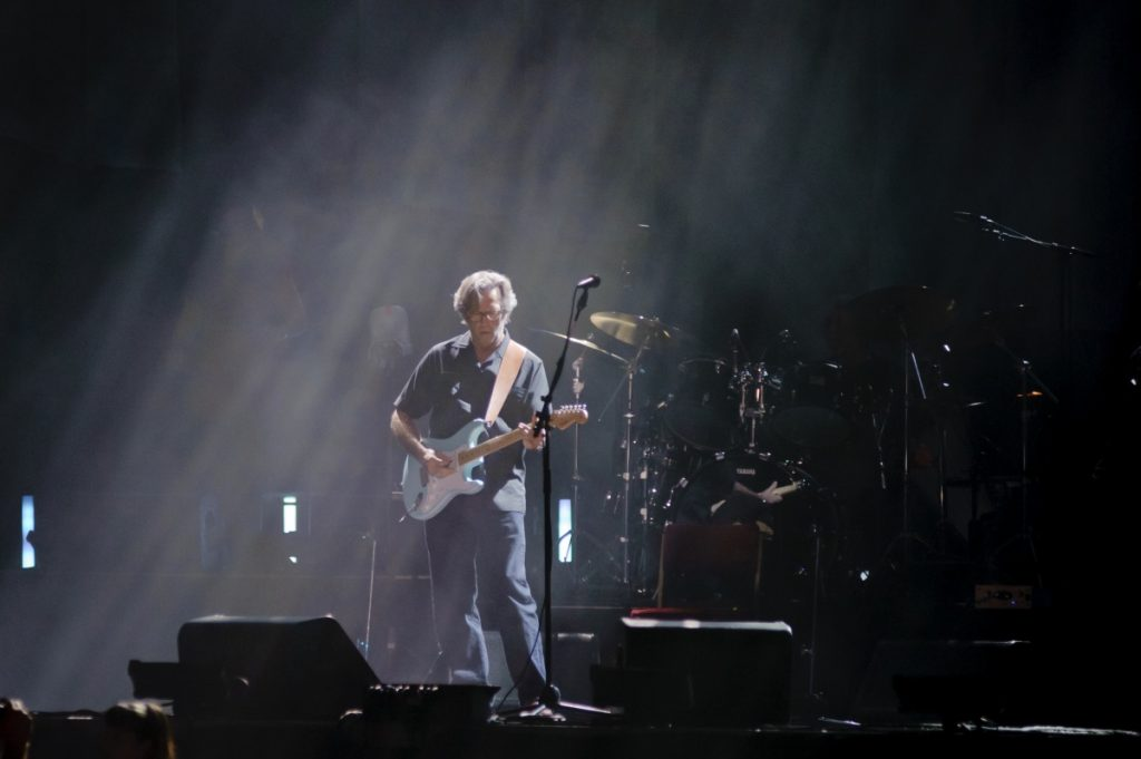 Eric Clapton anunció que no se presentará en sitios que exijan certificado de vacunación
