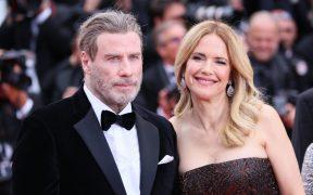 John Travolta celebra el estreno de Off the Retails, última película de su esposa Kelly Preston