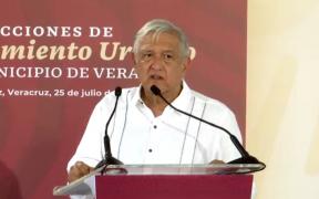 """""""Por Covid y veda, no hay que hacer eventos"""", afirma AMLO al presidir acto en Veracruz en el que promovió sus programas"""