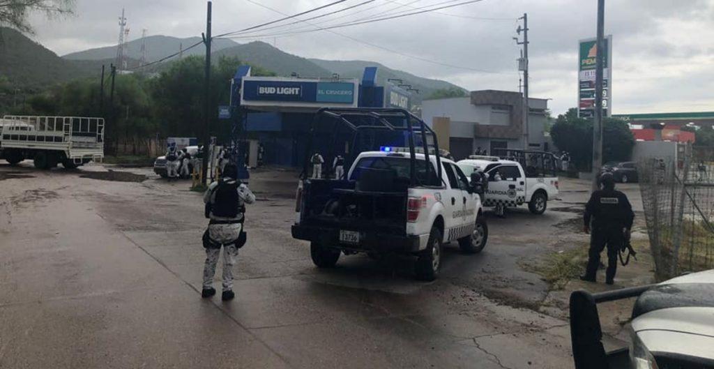 Un muerto y 10 detenidos por enfrentamientos en Magdalena, Sonora, que obligaron a suspender vacunación