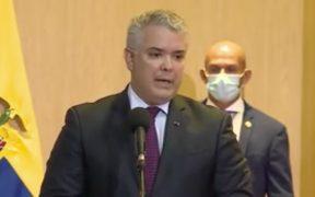 Presidente de Colombia pide a EU declarar a Venezuela como promotor del terrorismo