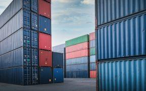 México registra un superávit comercial de 762 millones de dólares en junio