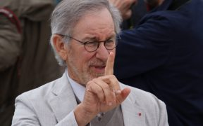 Steven Spielberg elige al elenco de su película semiautográfica 'The Fabelmans'; figuran Judd Hirsch, Jeannie Berlin, Robin Bartlett y Jonathan Hadary