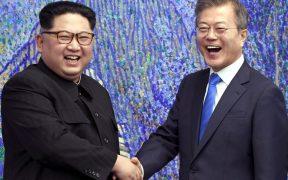 Coreas vuelven a hablar en canales inactivos, tras más de un año de no comunicarse; acuerdan mejorar lazos