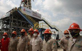 Deuda financiera de Pemex alcanza récord y llega a 115.1 mil mdd, reporta la petrolera