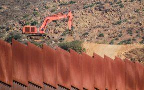 Muere migrante mexicano por heridas en la cabeza al caer de muro fronterizo