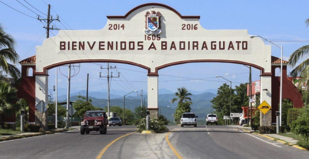 """""""Voy a Badiraguato a supervisar caminos"""", responde AMLO sobre si saludará de nuevo a la mamá del Chapo"""