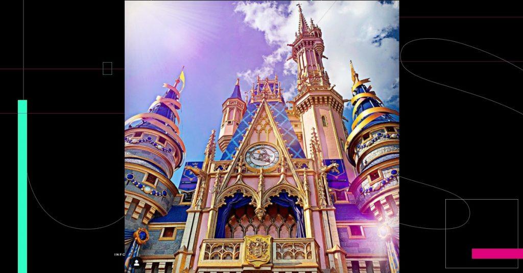 Disney restablece el uso de mascarillas en sus parques en Orlando y California