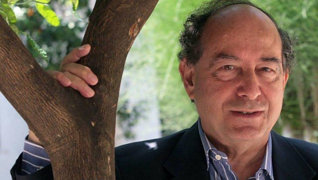 Murió a los 80 años el escritor y editor italiano Roberto Calasso