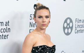 """Disney responde a Scarlett Johansson; califica su demanda de """"triste y angustiosa"""""""