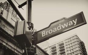 Broadway pedirá vacunación y cubrebocas a todos los espectadores que acudan al teatro