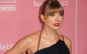 Taylor Swift vuelve a grabar su cuarto disco, 'Red'; incluirá la canción compuesta a un niño que murió de cáncer