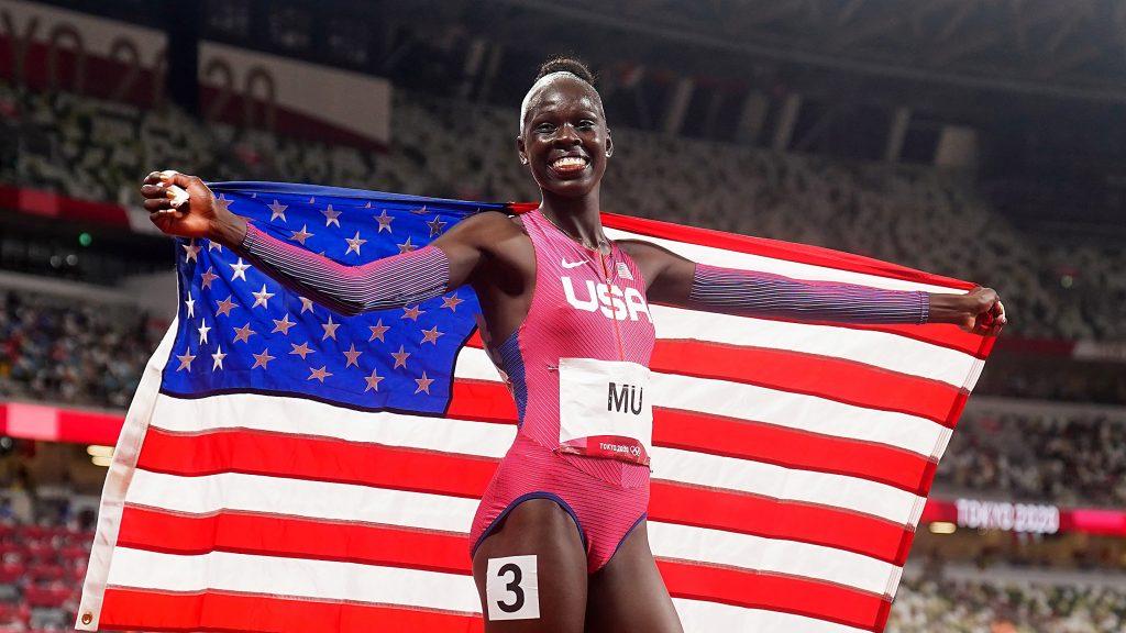 La joven de 19 años ganó un oro histórico par Estados Unidos. (Foto: Reuters).