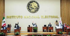 """""""El INE en vez de ponerse a la vanguardia se quedó en la retaguardia, representando al antiguo régimen"""": AMLO"""