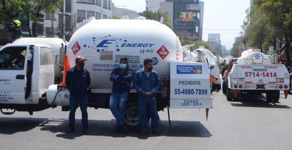 Advierte AMLO que se analizan demandas contra distribuidores y comisionistas de gas LP para garantizar el abasto