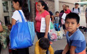 Latinos y afroamericanos permanecen en refugios más tiempo que los blancos: Equidad Racial