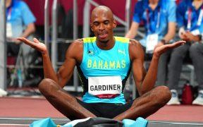 Gardiner celebró así su contundente triunfo. (Foto: Reuters).