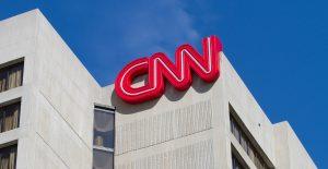 CNN despidió a tres empleados por acudir a trabajar sin estar estar vacunados contra la Covid-19