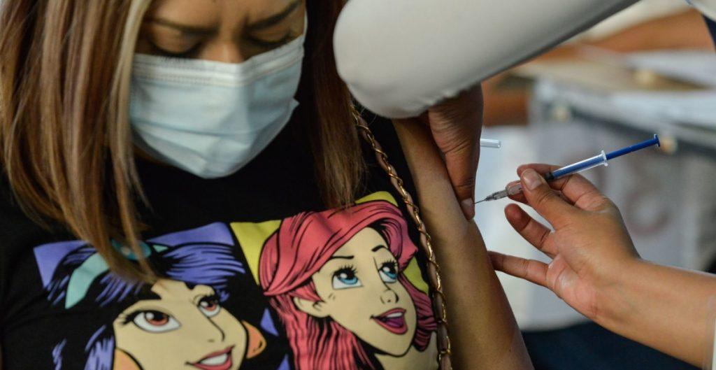 anuncian-vacunacion-contra-covid-19-jovenes-18-29-anos-cuatro-alcaldias-cdmx