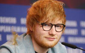 Ed Sheeran encabeza el concierto para arrancar temporada de la NFL