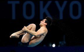 Andrés Villarreal, en uno de sus saltos de la Semifinal de la plataforma de 10 metros. (Foto: Reuters).