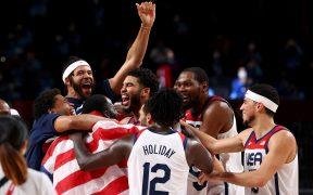 La selección de Estados Unidos retuvo el oro en el basquetbol olímpico. (Foto: Reuters).