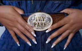 La colección de Adidas x Ivy ParkdeBeyoncécelebrará a losvaqueros afroamericanos
