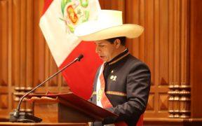 Presidente de Perú cambia al primer ministro del país tras críticas por extremismo político