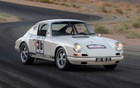 A subasta un raro Porsche 911 R; es uno de los 20 que se fabricaron en 1967