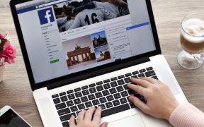 Facebook elimina red rusa que reclutaba personas influyentes para promocionar mensajes antivacunas