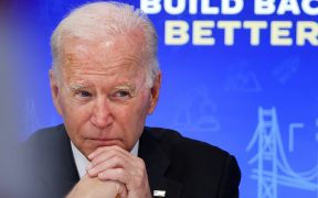 """Latinos alertan a Biden de consecuencias por """"promesas vacías"""" sobre migración"""