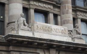 Banco de México es optimista y ajusta previsión del PIB para 2021 de 6% a 6.2%