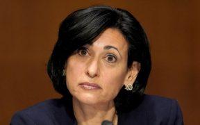 EU trabaja con farmacéuticas en tercera dosis de refuerzo para población vulnerable: directora CDC