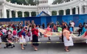 indigenas-marchan-zocalo-conmemoracion-500-anos-resistencia