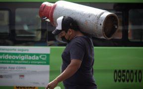 """Baja de la inflación por gas LP """"pudiera ser algo ilusorio y no permanente"""": subgobernador de Banxico"""