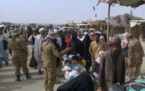 Autoridades estadounidenses reportan 7 muertos por el caos en la evacuación del aeropuerto de Kabul