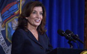 Kathy Hochul asumirá como gobernadora de Nueva York el 24 de agosto