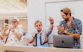 Elton John brinda un concierto sorpresa en un restaurante de Cannes