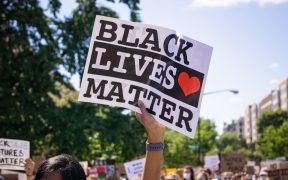 Hombre deberá pagar 500 dólares a manifestantes de BLM por dar informe falso de su protesta al 911