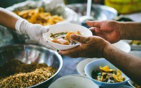 Carestía en la canasta alimentaria; aumentó 7.3% anual en julio, muestran cifras del Coneval