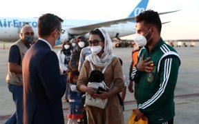 La atleta y su esposo llegaron a Madrid huyendo del régimen talibán. (Foto: Reuters).
